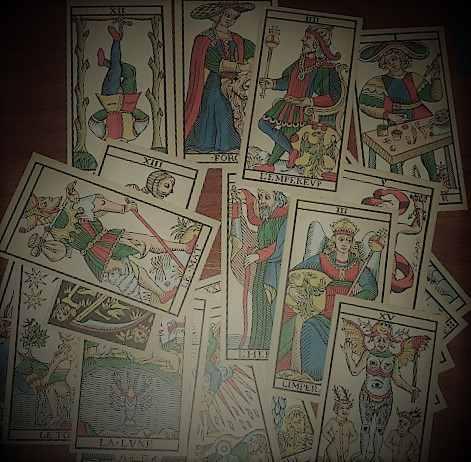 Tarot gratis marsella Tirada de cartas